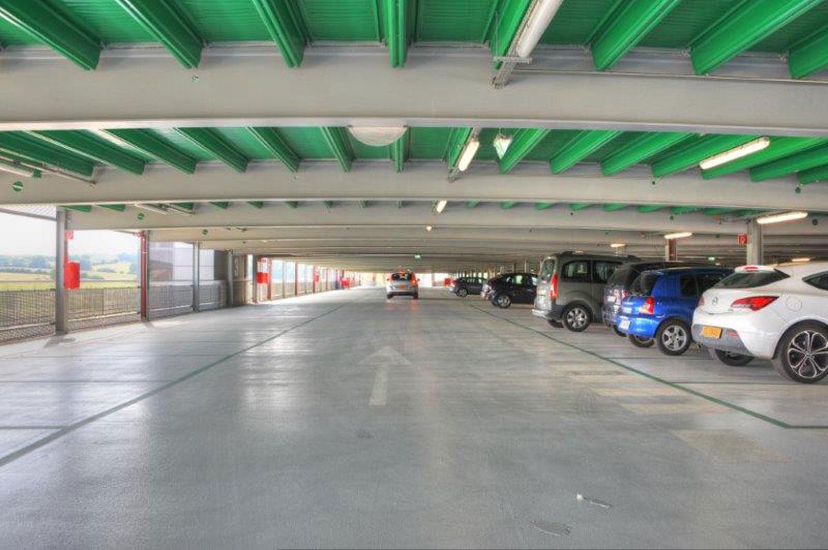 Astron parkolóház – www.dryvitprofi.hu